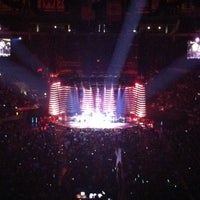 Foto tirada no(a) STAPLES Center VIP SUITES por Alejandro P. em 7/28/2013