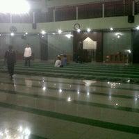 Photo taken at Masjid Al Furqan (Pusat Dewan Dakwah Indonesia) by Edy P. on 10/29/2012