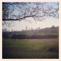Das Foto wurde bei Riverdale Park East von Lorraine S. am 5/20/2013 aufgenommen