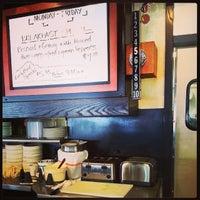 4/26/2014 tarihinde Kent L.ziyaretçi tarafından Overlook Restaurant'de çekilen fotoğraf