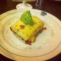 Photo taken at Pisa Kafe by Masriati G. on 10/9/2013