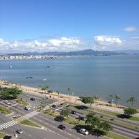 Foto tirada no(a) Novotel Florianópolis por X X. em 3/29/2013