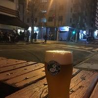 Foto tirada no(a) Brooklyn & Brewery por X X. em 6/15/2016