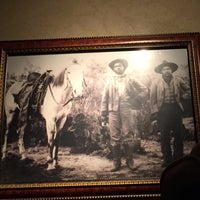 Photo taken at LongHorn Steakhouse by Dorothy D. on 5/12/2015