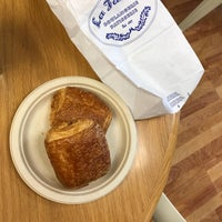 Photo taken at La Farine Boulangerie Patisserie by Dorothy D. on 4/24/2017