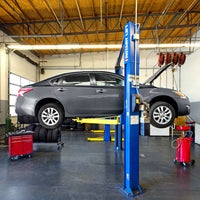 Photo taken at Meineke Car Care Center by Bob S. on 10/21/2015