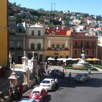 Foto tomada en Hotel Casa Virreyes por Liz Z. el 10/27/2012