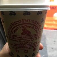 Снимок сделан в Porto Rico Importing Co. пользователем Marina S. 11/10/2016