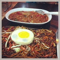 Photo taken at Bintang Sidewalk Cafe by farizuan r. on 1/4/2013