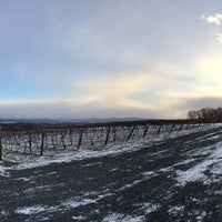 Photo taken at Vynecrest Vineyard & Winery by Lee D. on 1/8/2017