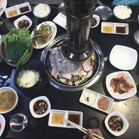 Photo taken at 황소막창 Hwangso Makchang by Alliah A. on 11/30/2016