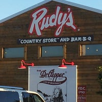 Photo taken at Rudy's Country Store & BBQ by John Wayne L. on 9/23/2013
