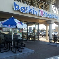 Photo taken at Baskin-Robbins by John Wayne L. on 6/29/2013