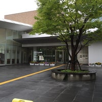 6/28/2015にtakenori t.がほんぽーと 新潟市立中央図書館で撮った写真
