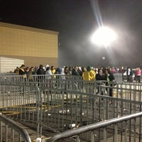 Photo taken at Walmart Supercenter by Phil M. on 11/23/2012