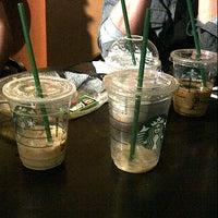 Foto diambil di Starbucks oleh Arya A. pada 12/31/2012