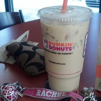 Photo taken at Dunkin Donuts by Rachel💋💗💋 R. on 10/1/2013