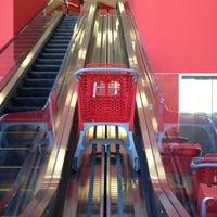 11/4/2012 tarihinde Rebekah M.ziyaretçi tarafından Target'de çekilen fotoğraf