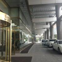 Photo taken at Oakwood Premier Coex Center, Seoul by Lydia K. on 6/22/2013
