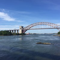 Photo taken at Astoria Park by Jahaira V. on 6/13/2015