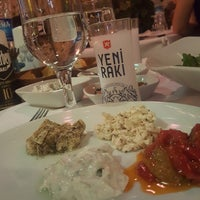 Foto tomada en Zaıka Balık Restaurant por Tolga Turgut O. el 8/5/2018