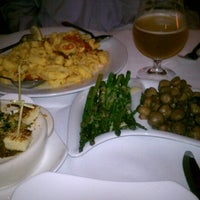 Photo taken at Milwaukee Chophouse by Selena on 10/16/2012