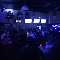 Photo taken at The End Zone Sporting Lounge by Rinald R. on 11/27/2016