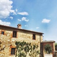 Foto scattata a Certosa di Pontignano da Hicran Y. il 8/8/2015