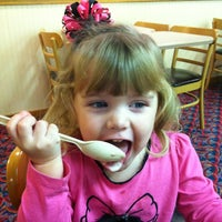 Photo taken at Wendy's by Heather S. on 10/18/2012