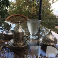 Photo taken at Temenyeri Cafe Restaurant by Oğuz Ç. on 9/22/2017