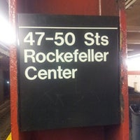 Photo taken at MTA Subway - 47th-50th St/Rockefeller Center (B/D/F/M) by Omar P. on 12/2/2012