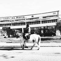 Foto tirada no(a) Varanda da Barra por ricardo em 4/9/2015
