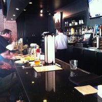 Das Foto wurde bei Oswego Grill von Seth w. am 4/13/2013 aufgenommen