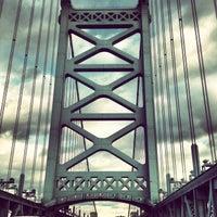Photo taken at Benjamin Franklin Bridge by Devon G. on 12/30/2012