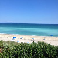 Photo taken at Hutchinson Island Marriot Sandpipper by C. Annelies M. on 10/21/2013