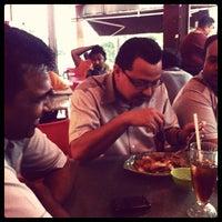 Photo taken at Restoran Delima by Bitt on 1/25/2013