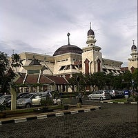 Photo taken at Masjid Agung At-Tin by Dorrie Martanto on 12/23/2012