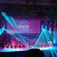 Das Foto wurde bei Kennedy Center Concert Hall - NSO von Drew B. am 6/3/2018 aufgenommen