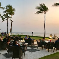 Photo taken at Sea Breeze - Galleface Hotel by Max G. on 1/14/2017