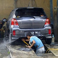 Photo taken at Potjie Autocare by Wahyu H. on 10/13/2013