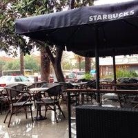 3/5/2014 tarihinde Mustafa O.ziyaretçi tarafından Starbucks'de çekilen fotoğraf