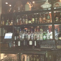 Photo taken at Fadó Irish Pub & Restaurant by Álvaro C. on 11/11/2012