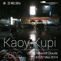 Photo taken at Kaoy Kupi by Zha C. on 5/22/2014