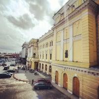 Снимок сделан в Российский академический молодёжный театр (РАМТ) пользователем Anton B. 5/29/2013