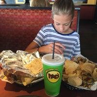 Снимок сделан в Moe's Southwest Grill пользователем Kimm R. 8/19/2016