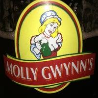 Снимок сделан в Молли Гвиннз Паб / Molly Gwynn's Pub пользователем Anna C. 2/16/2013