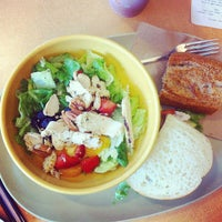 Photo taken at Panera Bread by Arantxa S. on 8/31/2013
