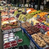 Das Foto wurde bei Naschmarkt von Claudia H. am 9/29/2012 aufgenommen
