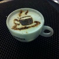 Photo taken at Vozzuca Cafés Especiais by Natalia S. on 10/14/2013