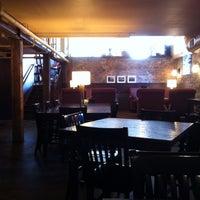 4/29/2013에 Todd B.님이 Lantern Coffee Bar and Lounge에서 찍은 사진